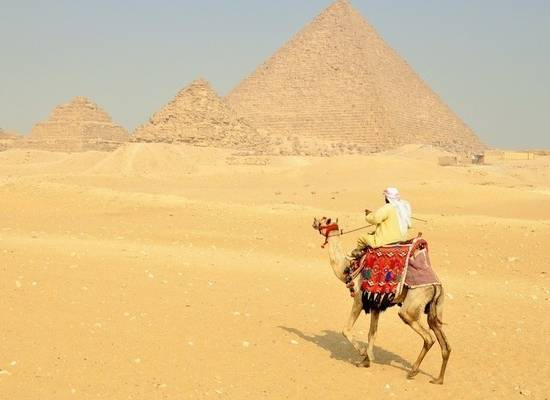 Названы самые популярные способы обмана туристов в Тунисе и Египте