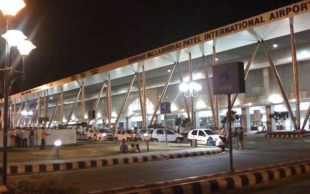 В индийском аэропорту из-за ветра столкнулись несколько самолётов