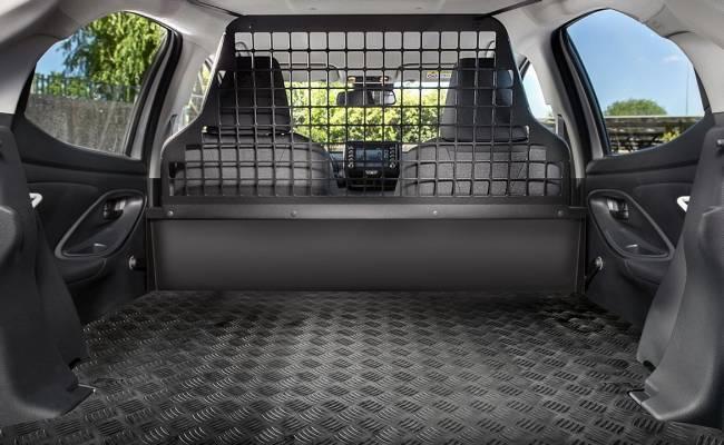 Toyota Yaris ECOVan — гибридный развозной фургончик