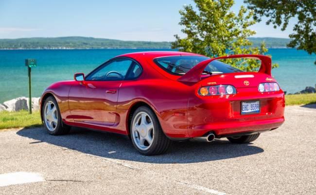 За Toyota Supra 1995 года дают втрое больше, чем за новую