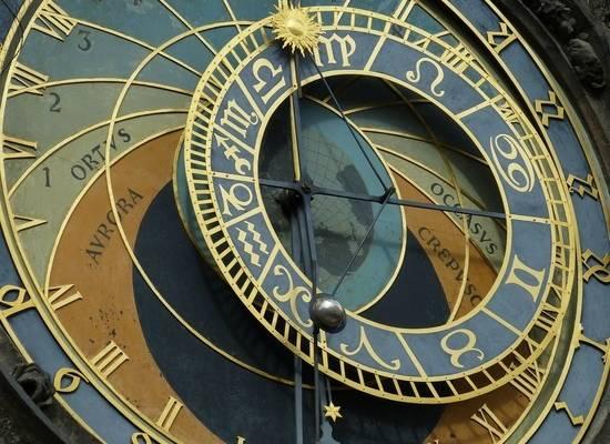 Названы знаки Зодиака, которым повезет с деньгами в последние дни июля