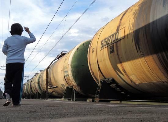 Почему нефтегазовые сверхдоходы России не доходят до простых граждан